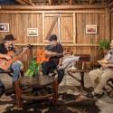 Vida no Sul recebeu Demétrio Xavier e Pedro Munhoz em programa que cantou a liberdade