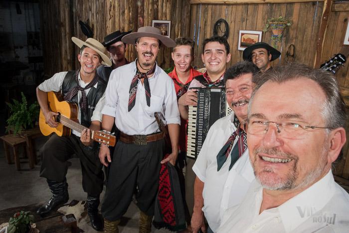 #SelfieDoGringo com o grupo Oh de Casa (Foto: Tiago Giannichini/ICPJ)