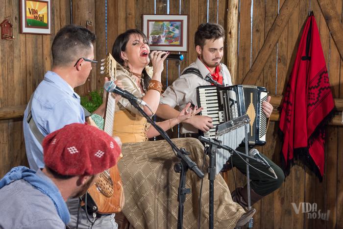 Gravando com Renata Bairros (Foto: Tiago Giannichini/ICPJ)
